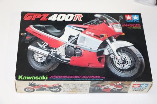 kit tamiya moto kawasaki  g p z  400 r  raridade !