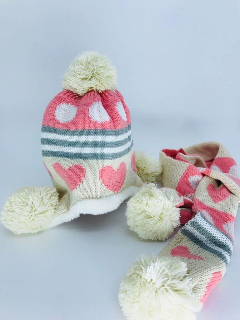 4ea57731c0490 kit touca e cachecol lã infantil pelo varias cores bebe. Carregando zoom.