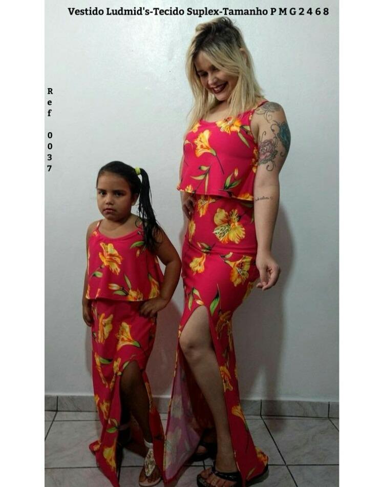 ace8a868f6f5c0 Kit Vestido Tal Mãe Tal Filha Longo Vermelho Floral