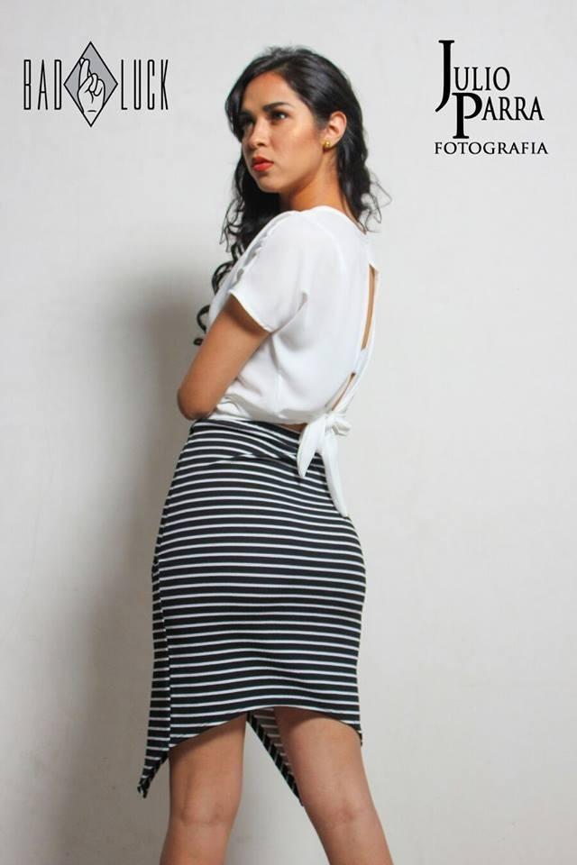 1251b68ba0 Kit20 1 Blusas Y 2 Faldas Ropa Moda Para Dama Mayoreo -   550.00 en ...