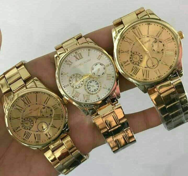 d06db530b20 Kit lote 10 Relógios Femininos Atacado Revenda Promoção Luxo - R  200
