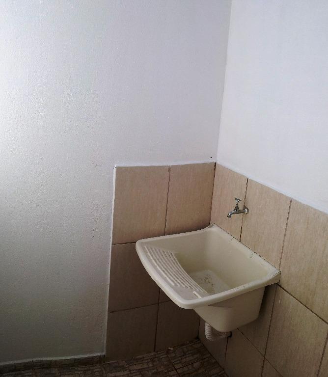 kitnet com 1 dormitório para alugar, 20 m² por r$ 449,00/mês - vila alemã - rio claro/sp - kn0005