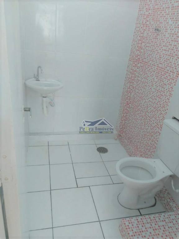 kitnet com 1 dormitório para alugar, 30 m² por r$ 900/mês - campo da aviação - praia grande/sp - kn0144