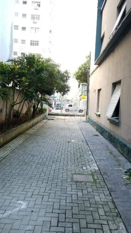 kitnet com 1 dormitório à venda, 1 vaga, elevadores, portaria 24hs, 25 m² por r$ 160.000 - embaré - santos/sp - kn0159