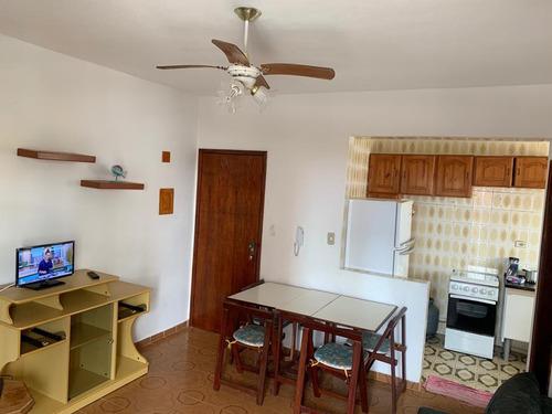 kitnet com 1 dormitório à venda, 42 m² por r$ 117.000 - vila caiçara - praia grande/sp - kn0017