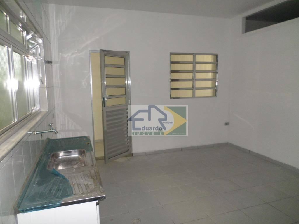 kitnet com 2 dormitórios para alugar, 57 m² por r$ 750/mês - centro - suzano/sp - kn0035