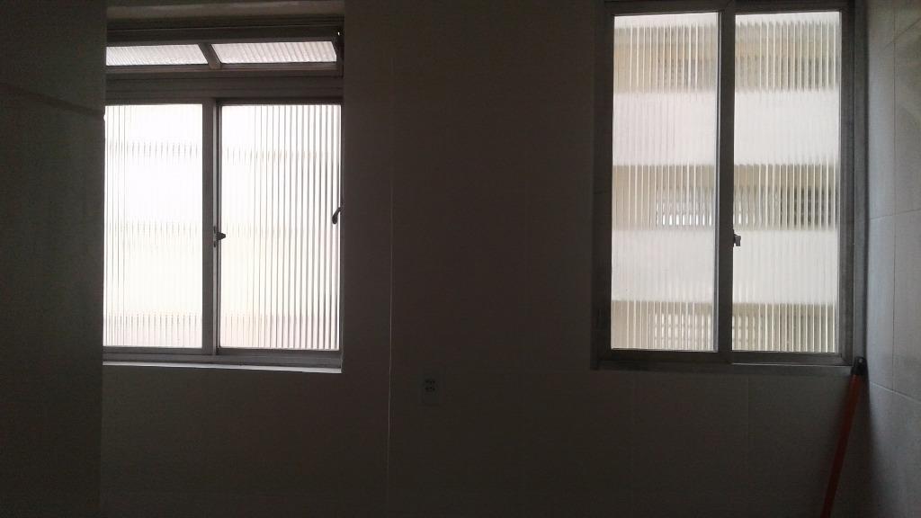 kitnet de 30 m² reformada na biquinha - kn0024