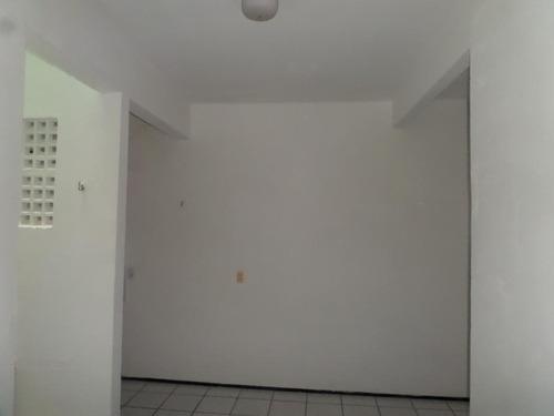 kitnet em aerolândia, fortaleza/ce de 14m² 1 quartos para locação r$ 350,00/mes - kn135603