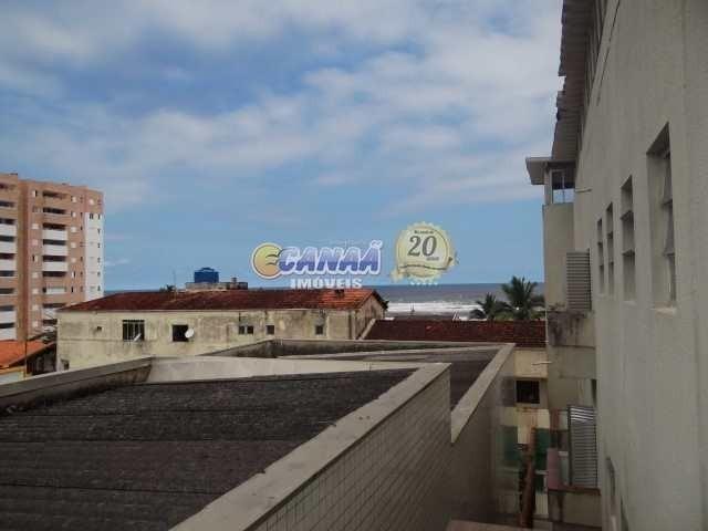 kitnet em itanháem no centro e na praia ref 7913 e