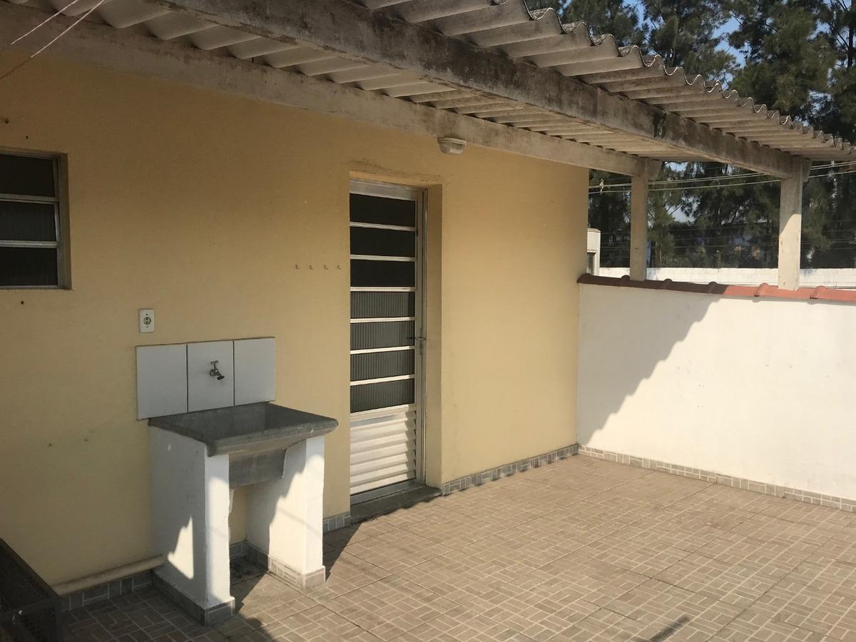 kitnete e casa em condomínio fechado / vila