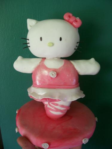 kitty de porcelana fria! tortas souvenir y decoracion