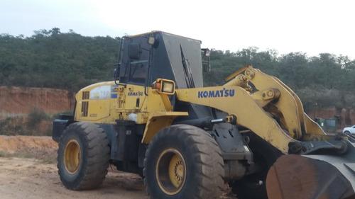 komatsu 2004