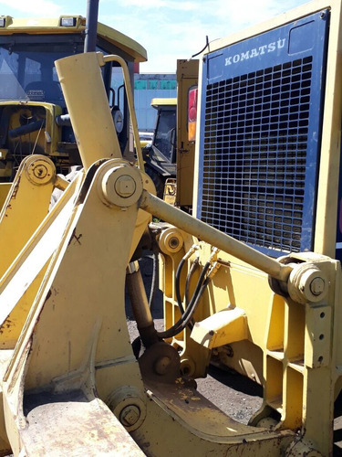 komatsu motoniveladora 725 2000 caterpillar 140