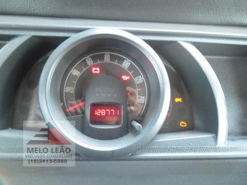 kombi - 09/10- 9 lugares, com 128.771 km rodados, pneus bons