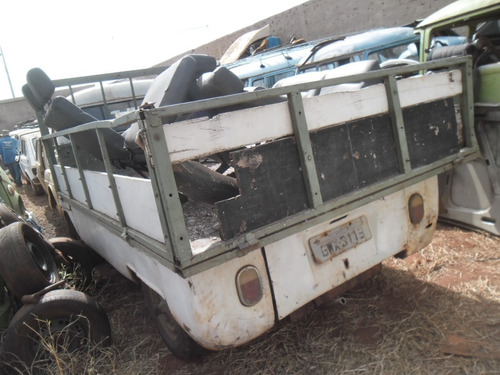 kombi antiga p/ restaurar ou usar peças carroceria com motor