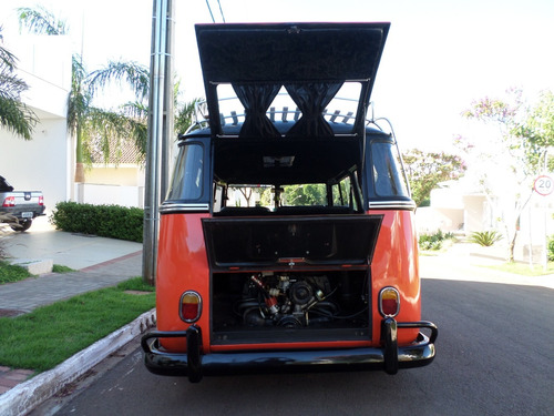 kombi mini volkswagen corujinha antiga saia e blusa vw bus