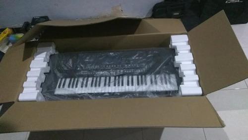 korg pa 600  61 teclas teclado