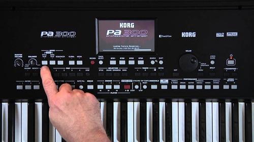 korg pa300 teclado arranger 5 octavas pantalla tactil