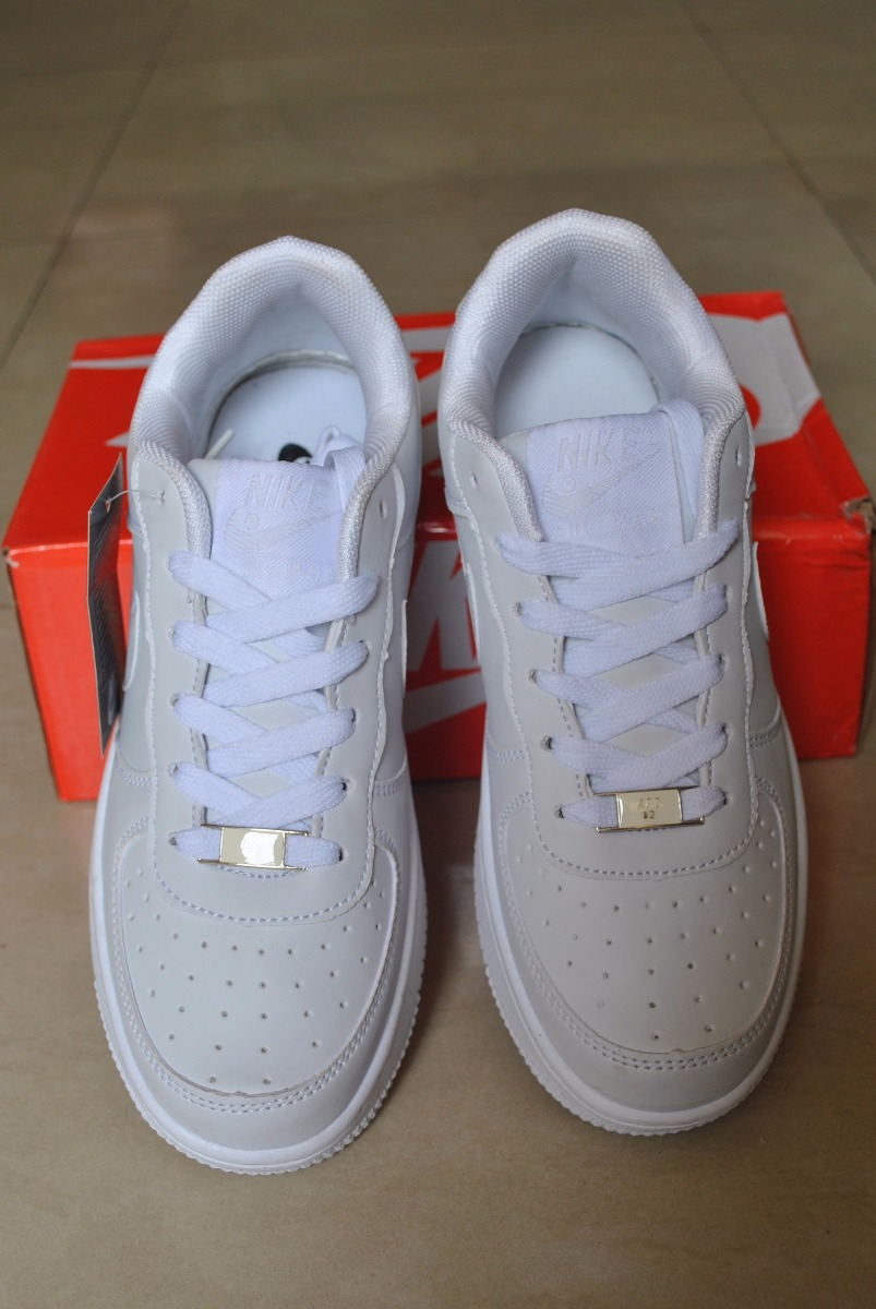 5759b7ef52859 kp3 zapatos nike air force one blanco all white 35 al 40. Cargando zoom.
