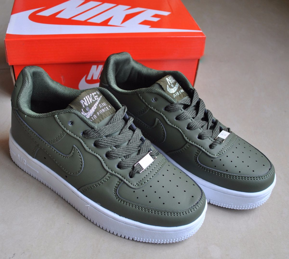 nike air force verde militare