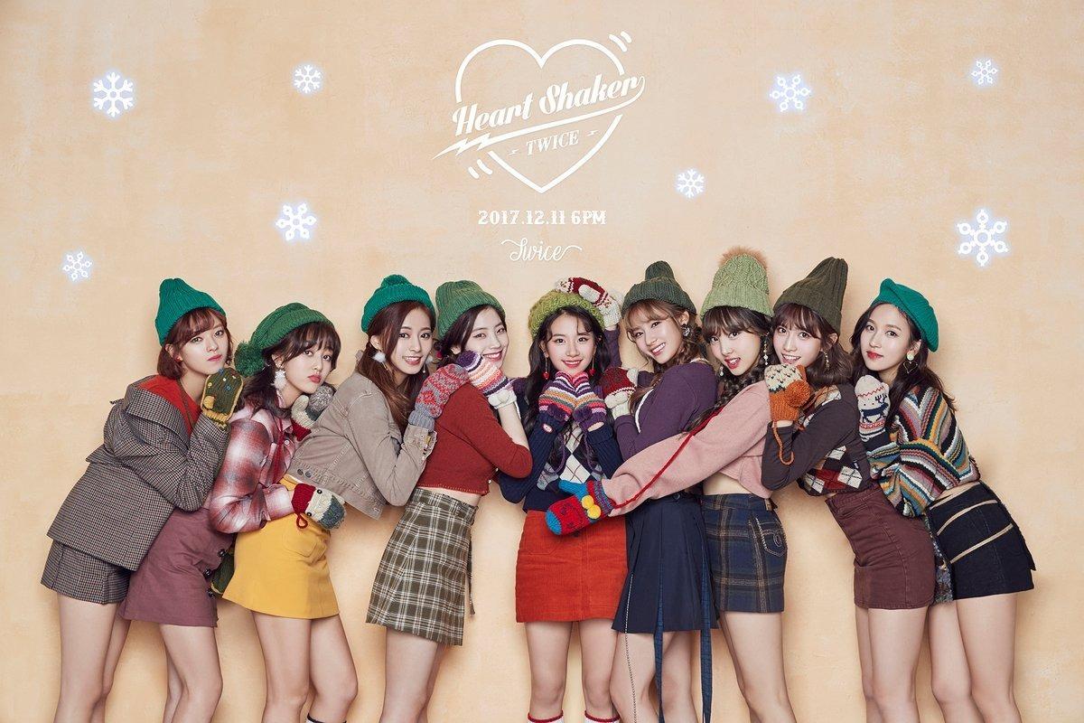 Kpop cd twice merry happy verses merry happy r 25000 em carregando zoom stopboris Gallery