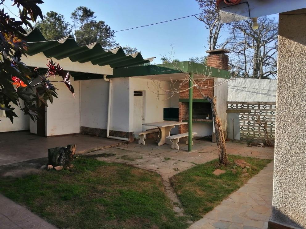 ksa alq.2d. cocina comedor. living con estufa. garage y par