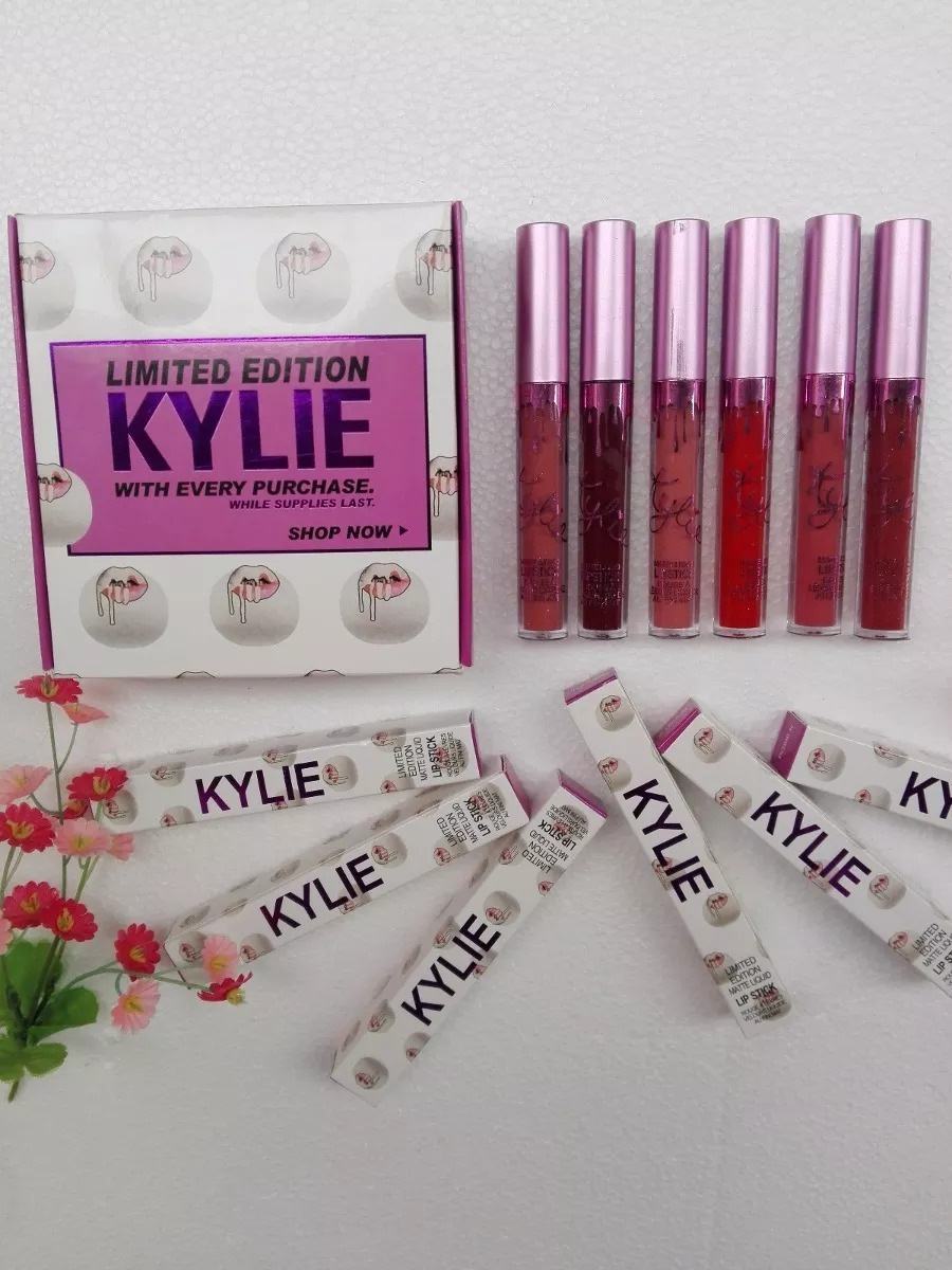2 Labiales Kylie Limited Edition + 12 Kylie Labial Barra