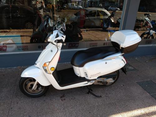 kymco like 125 / 2014 /9830km / sauma motos.