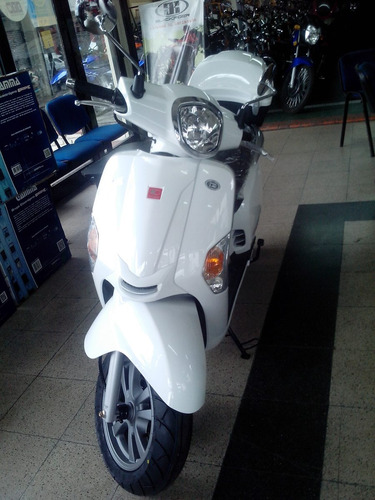 kymco like 200 moto scooter