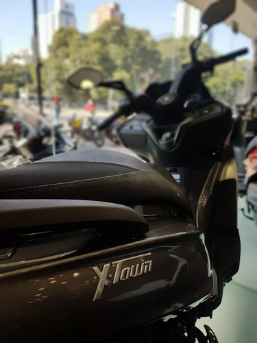 kymco modelo scooters