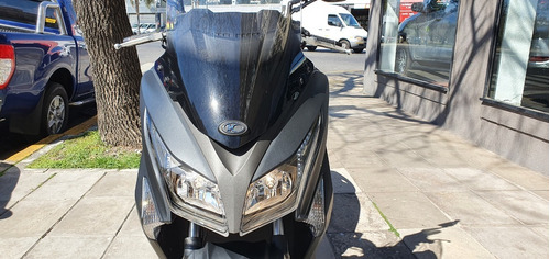 kymco xtown 250 año 2019 color negro mate as automobili