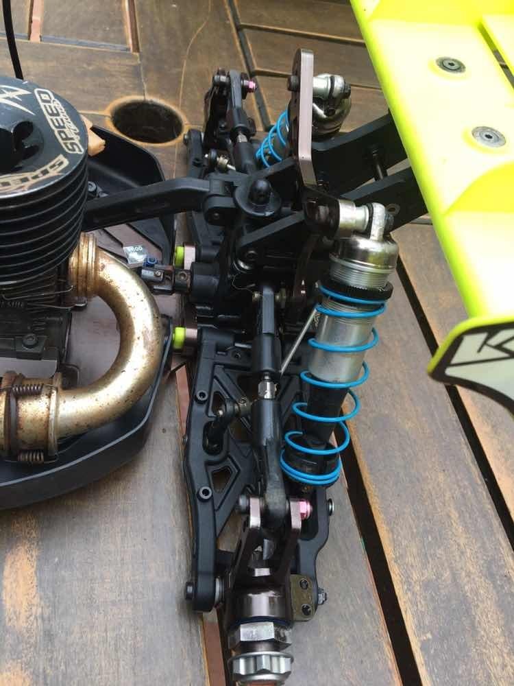 Kyosho Inferno MP9 TKI4 Buggy 10 Jahre IFW464 Dämpferbrücke Vorn KI9®