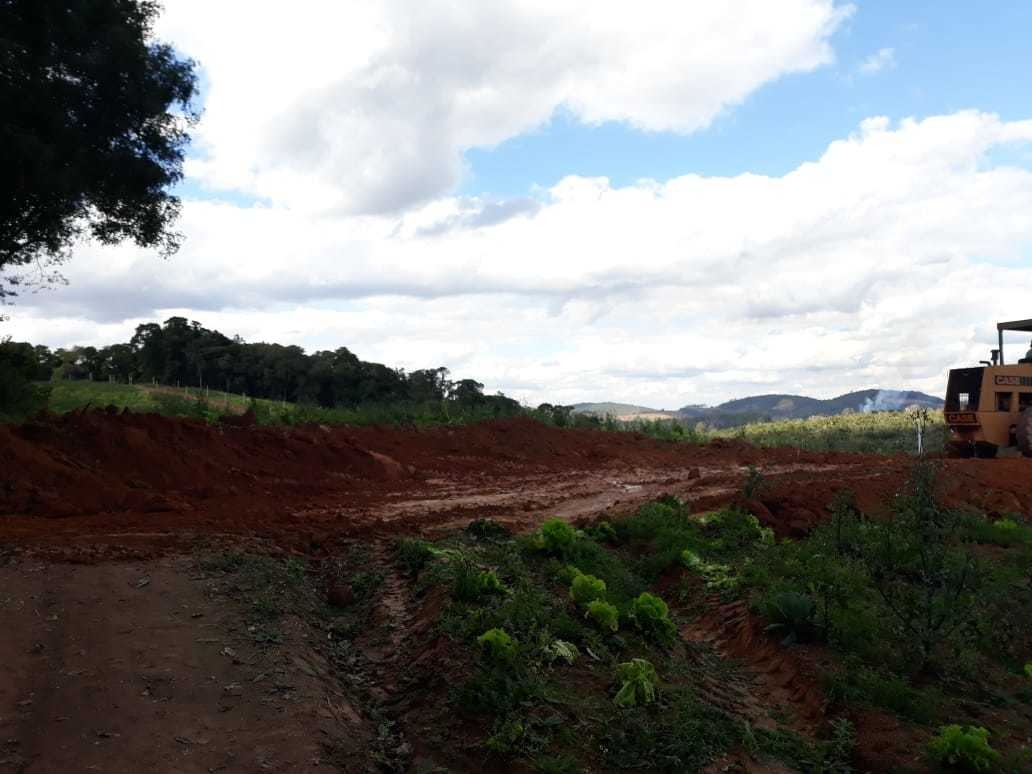 l. área plana p. construção. condomínio rural ibiúna