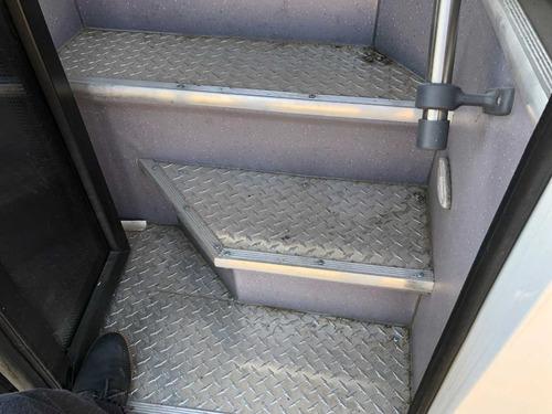 l autobus pasajeros urbano y sub urbano