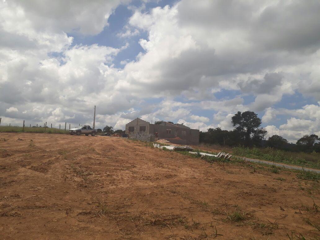 l terrenos de 1000 m² 100% planos, ruas já cascalhadas 45mil