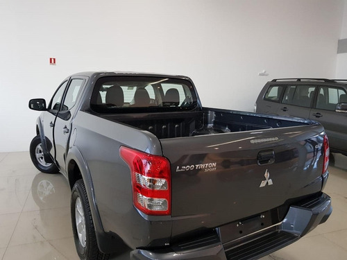 l200 triton 2.4 16v turbo diesel sport gls cd 4p 4x4 automát