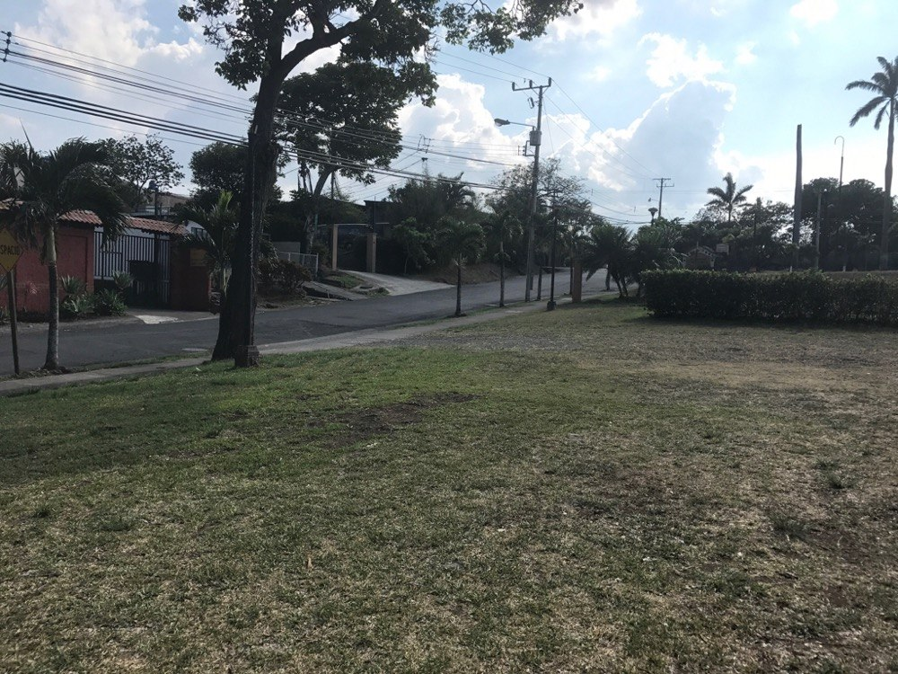 l57 lote en ciudad colón uso comercial y residencial