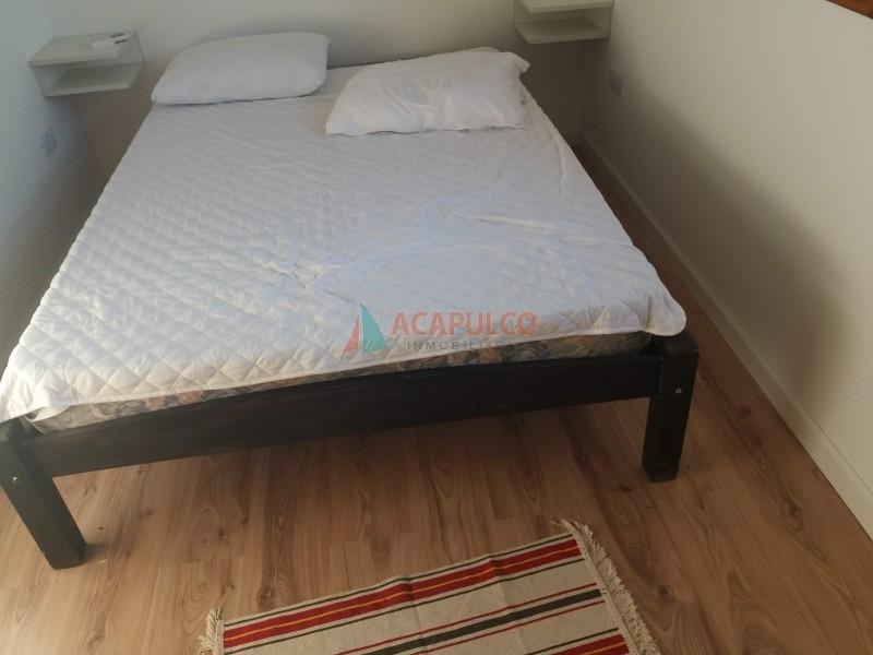 la barra muy buena ubicacion casa a estrenar 3 dormitorios aire acondicionado-ref:3317