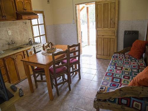 la blanquita, casa de campo. monoambiente con cocina comedor
