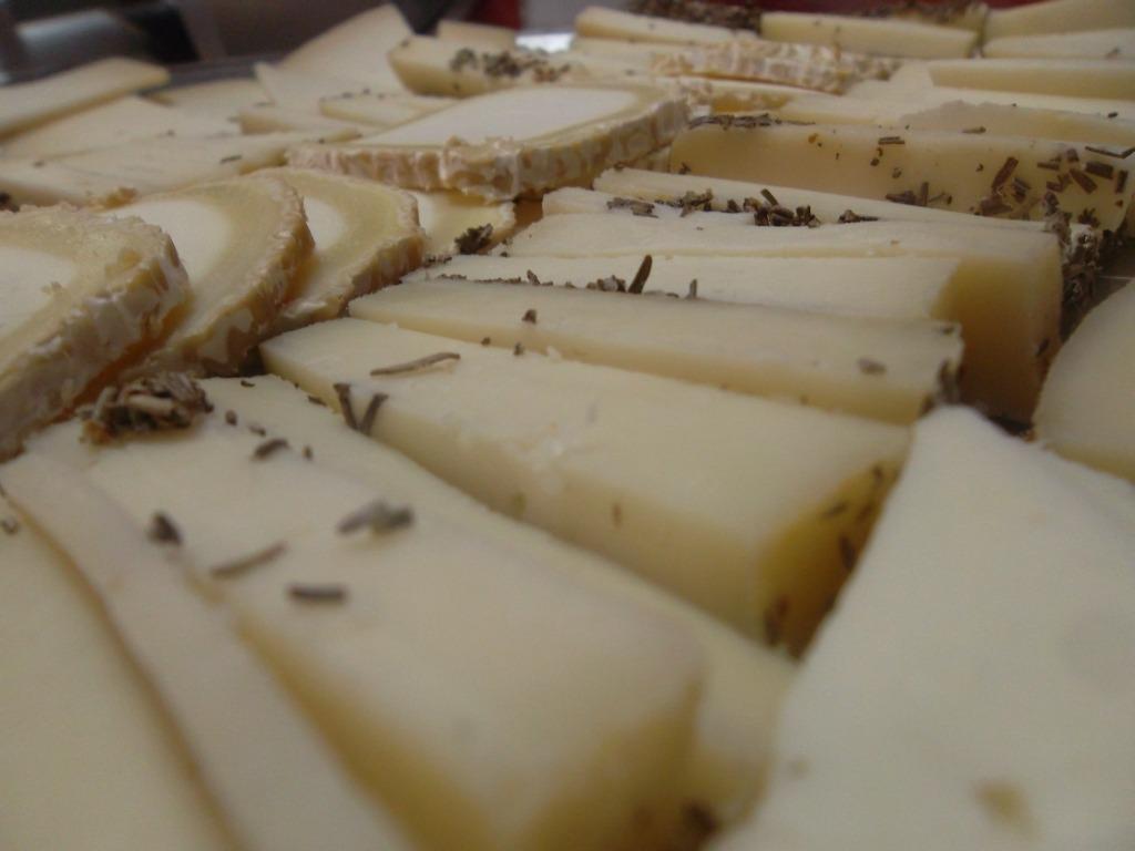 La bodega ib rica vino jam n embutidos quesos for La iberica precios