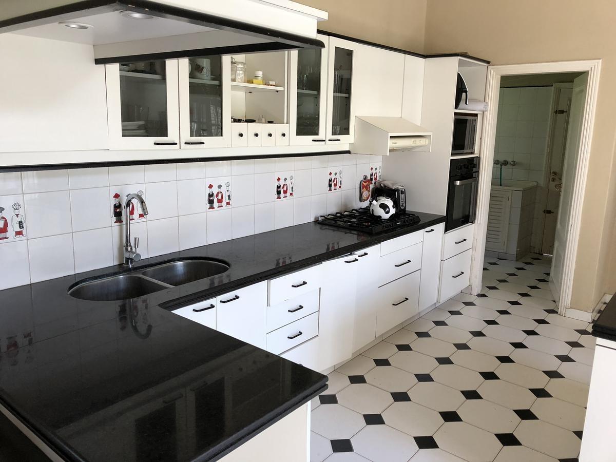 la casa de tus sueños! espectacular casa en venta con 4 dormitorios! villa allende golf
