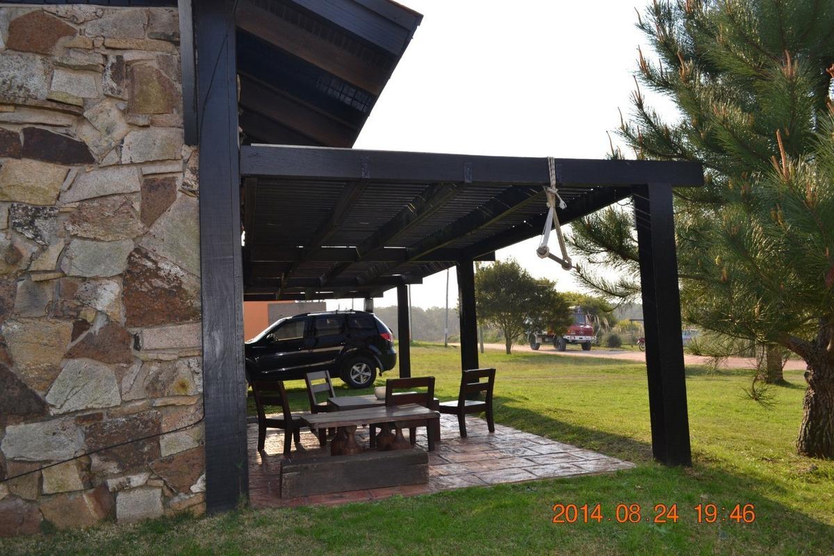 la de piedra - cálida y cómoda  cabaña