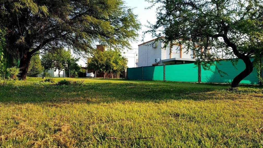 la estanzuela: vendo lote de 400 m2