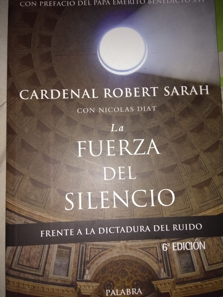 la fuerza del silencio. cardenal robert sarah. Cargando zoom.