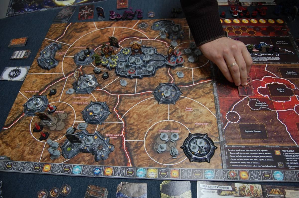 La Herejia De Horus Warhammer Juego De Mesa En Espanol 12 390 15