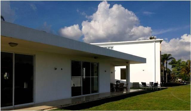 la lagunita country club vende casa jairo roa  20-16421