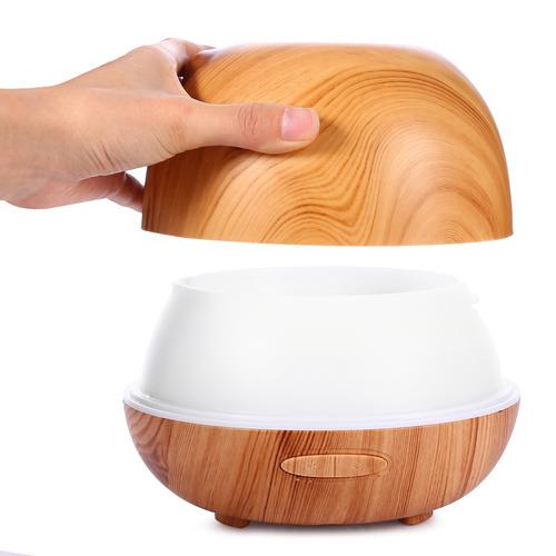 la madera del difusor del aroma