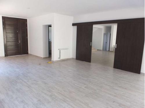 la rufina a estrenar zona plana 3 dormitorios uno en suite con dependencias y enorme estar y galería