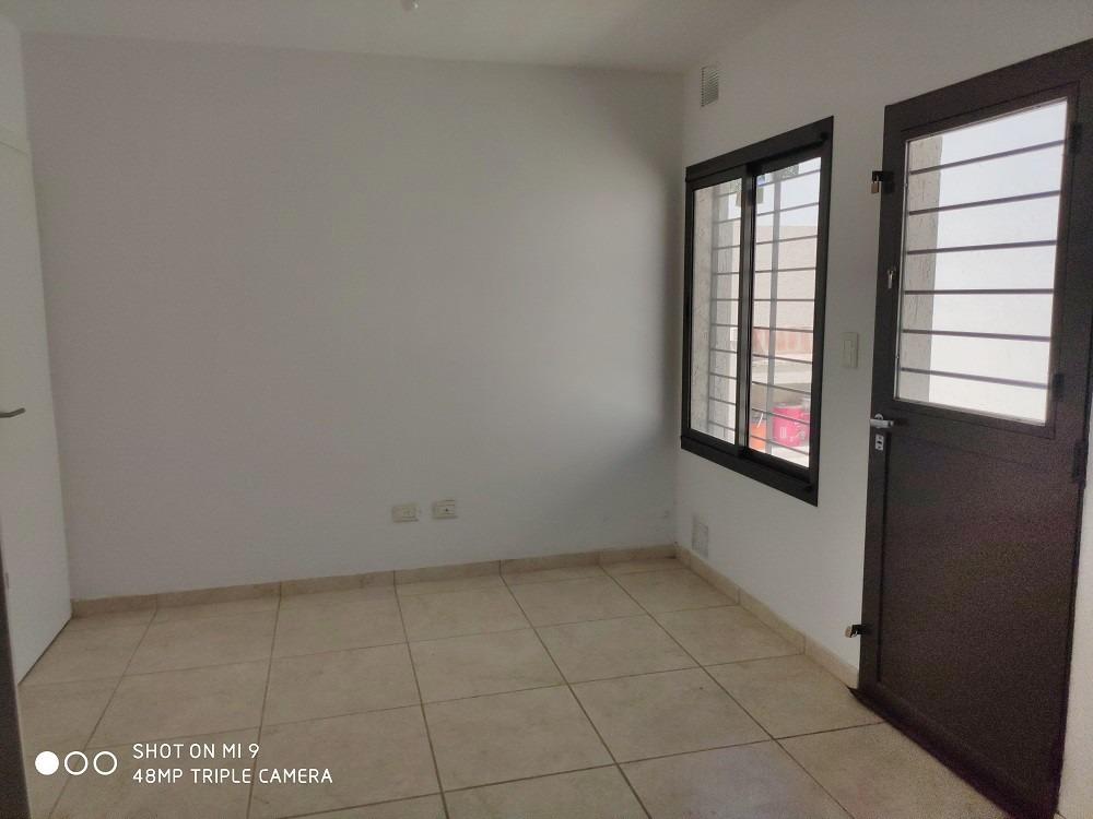 la salle( v. belgrano) estrenar 3d, 2b, patio, amplia / lum