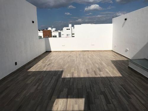 la vista residencial, hermosa casa con amplios espacios!